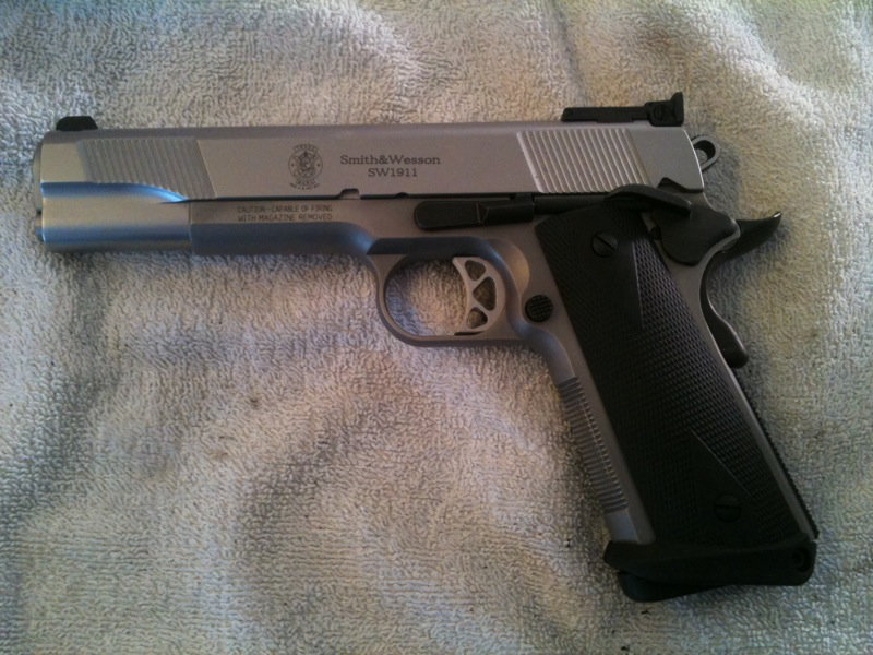Nouvel  achat 1911  smith-wesson  Ud4t