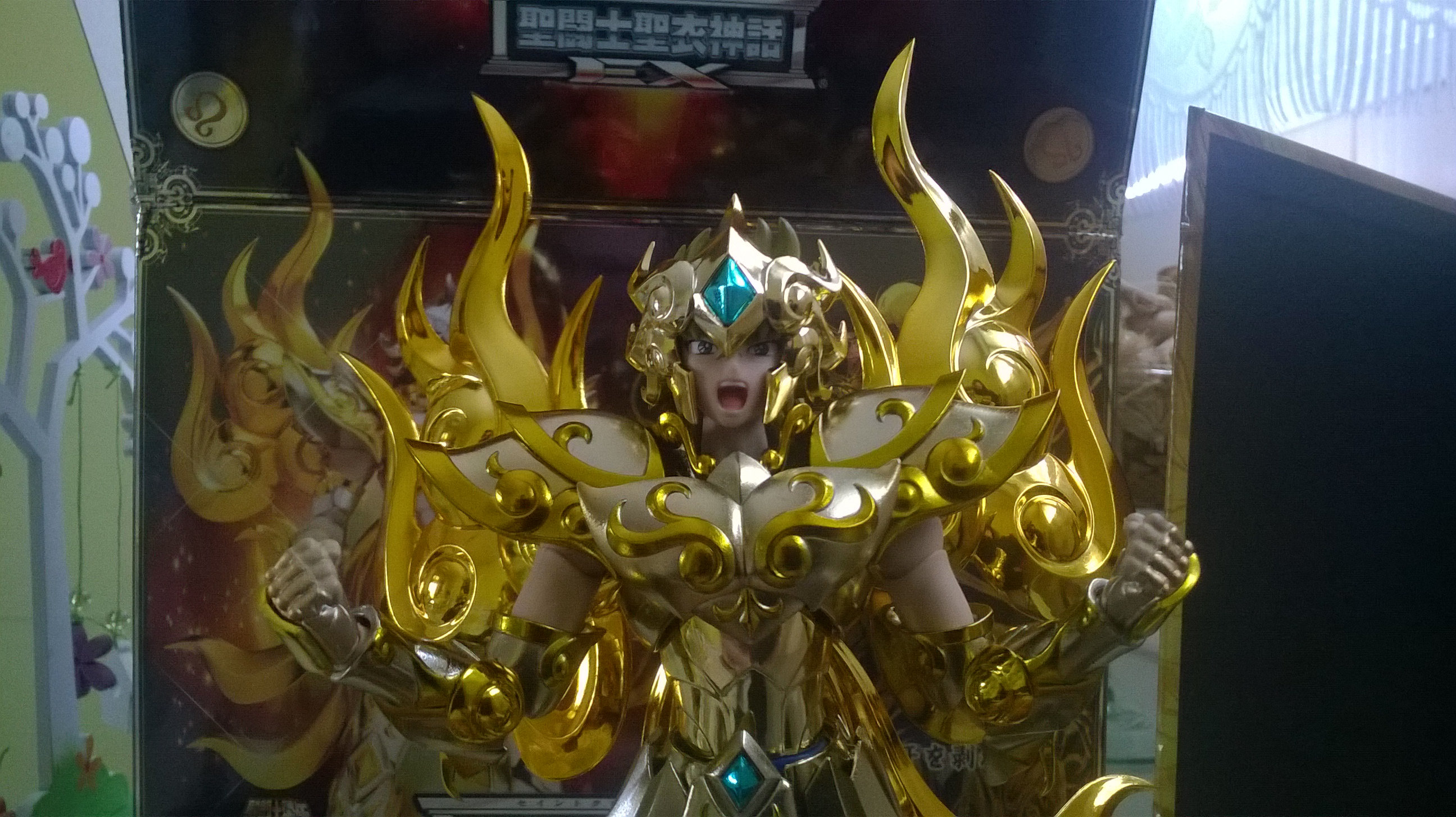 Les photos/montages de votre Myth Cloth EX du Lion Soul of Gold (God Cloth) Aypf