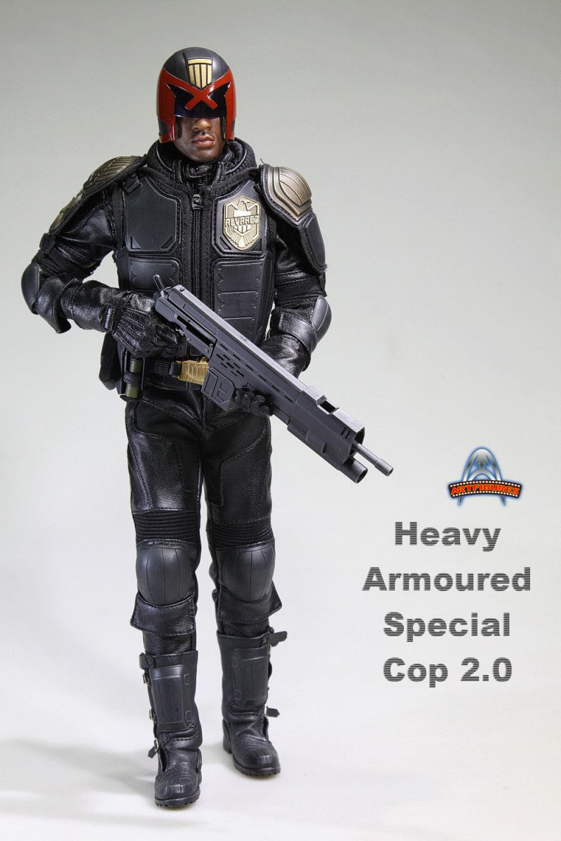 AF022 - HEAVY ARMOURED SPECIAL COP 2.0 - DREDD   26qt