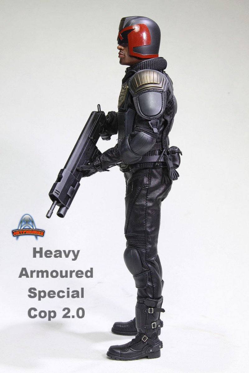 AF022 - HEAVY ARMOURED SPECIAL COP 2.0 - DREDD   Hy4e