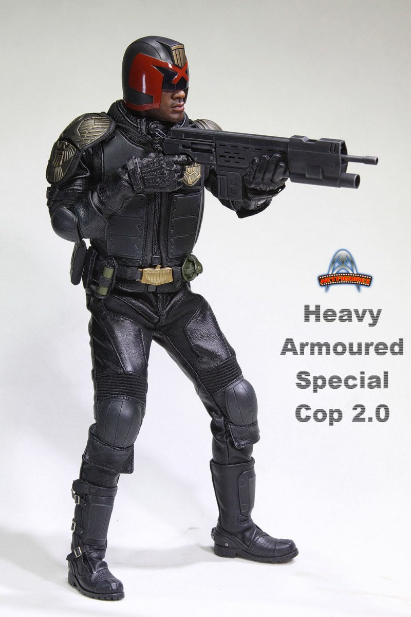 AF022 - HEAVY ARMOURED SPECIAL COP 2.0 - DREDD   Xbhw