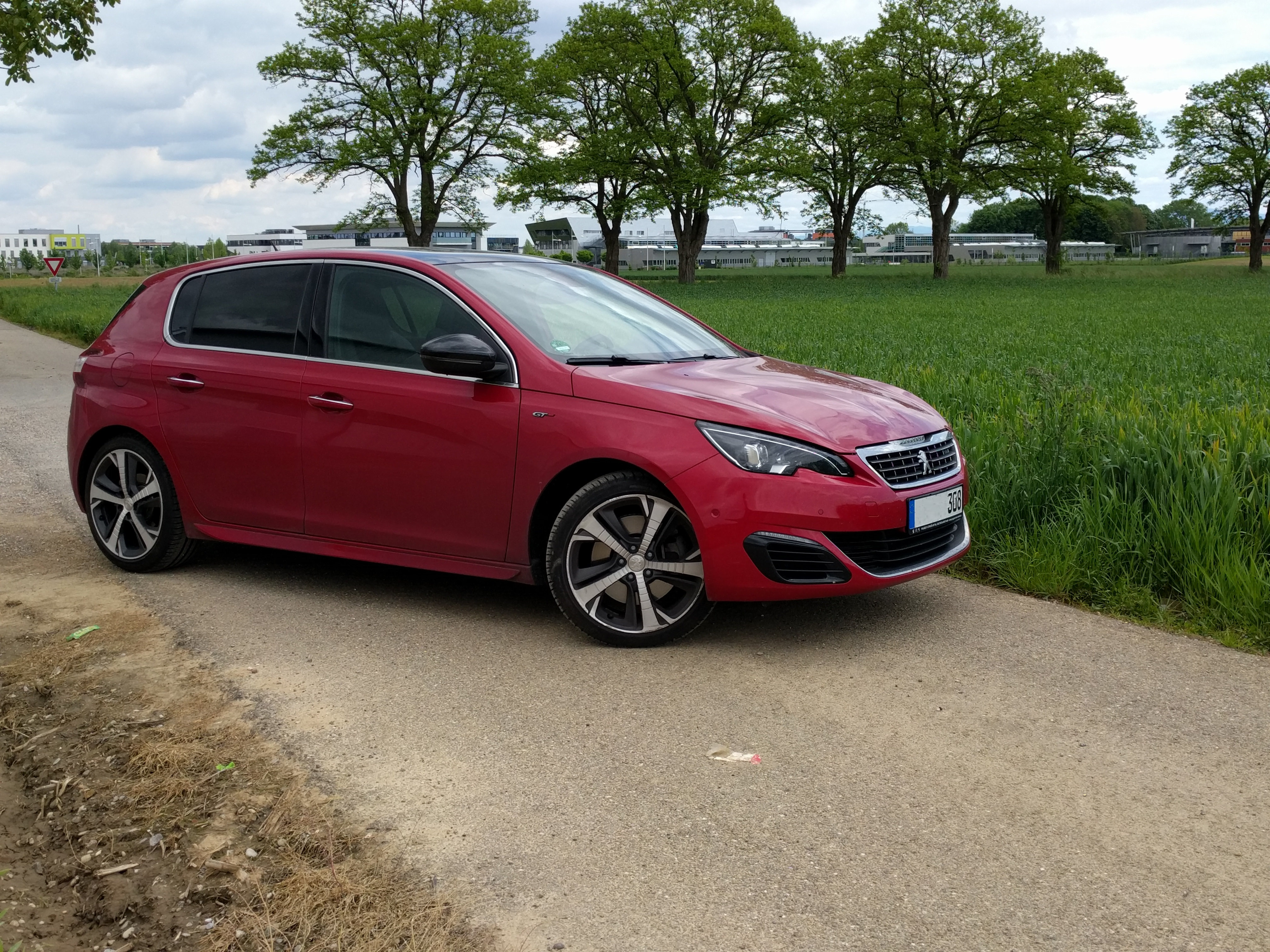 308 gt rouge hdi 180 pikasso peugeot 308 t9 2013 forum forum peugeot. Black Bedroom Furniture Sets. Home Design Ideas