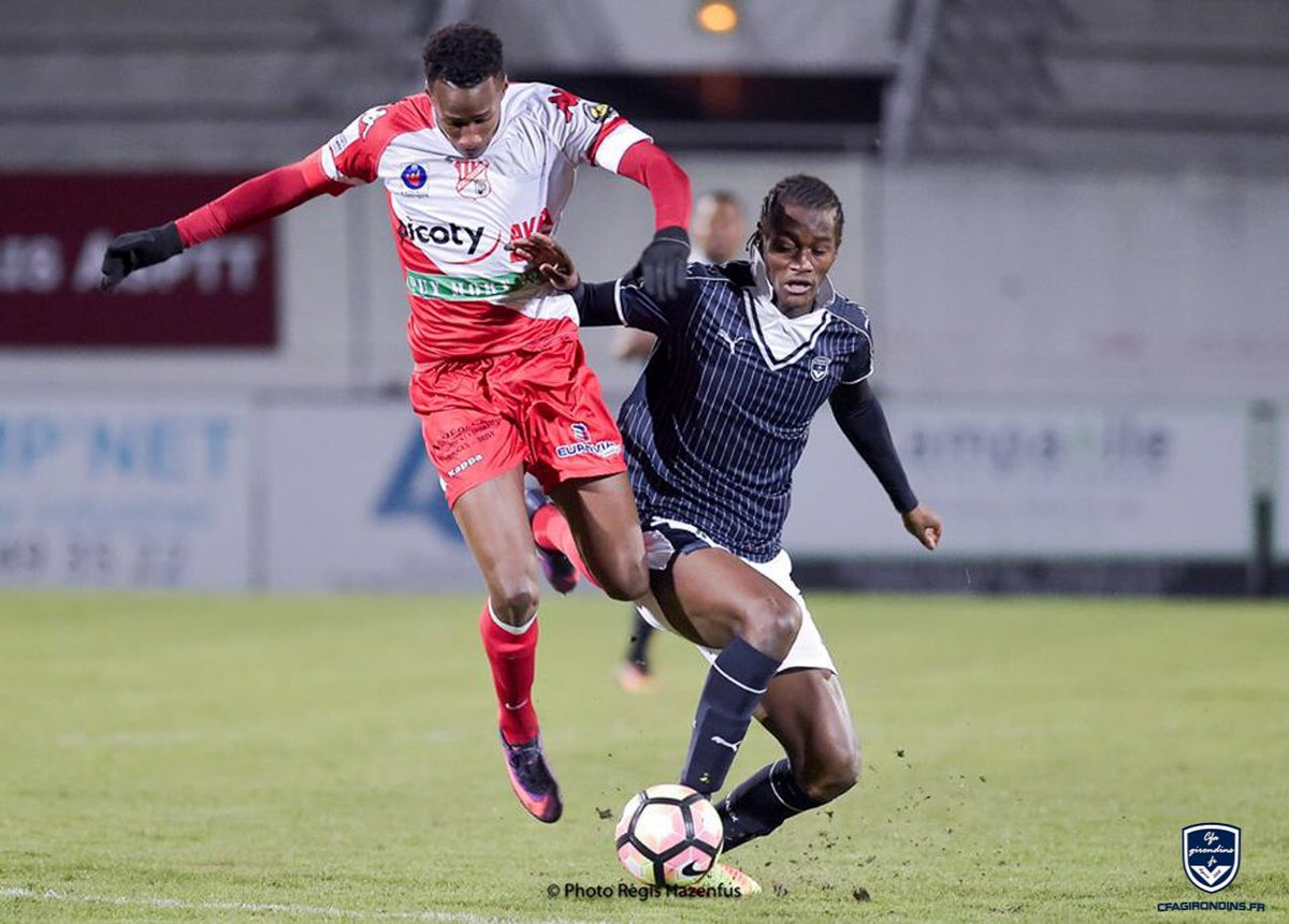Cfa Girondins : Hervé Mombela signe professionnel au PSG - Formation Girondins