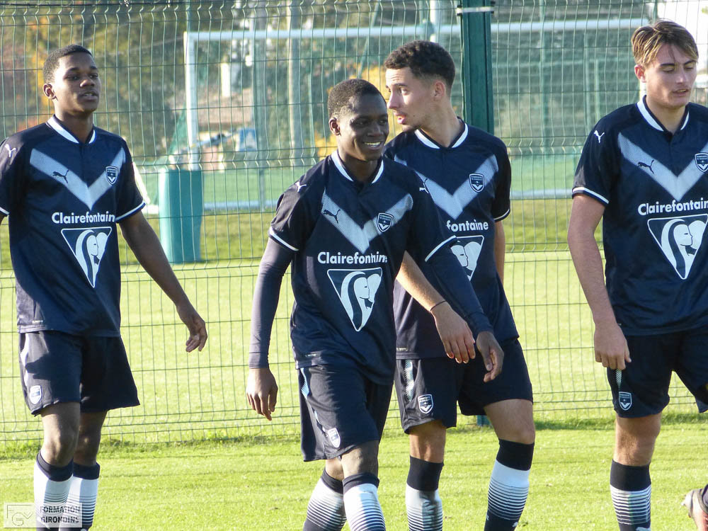 Cfa Girondins : Les Girondins s'offrent le leader ! (3-0) - Formation Girondins