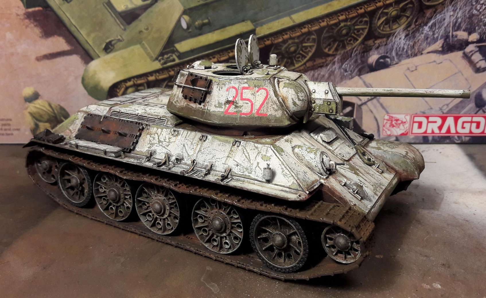 "T-34/76 ""Mickey Mouse"" Lg6o"