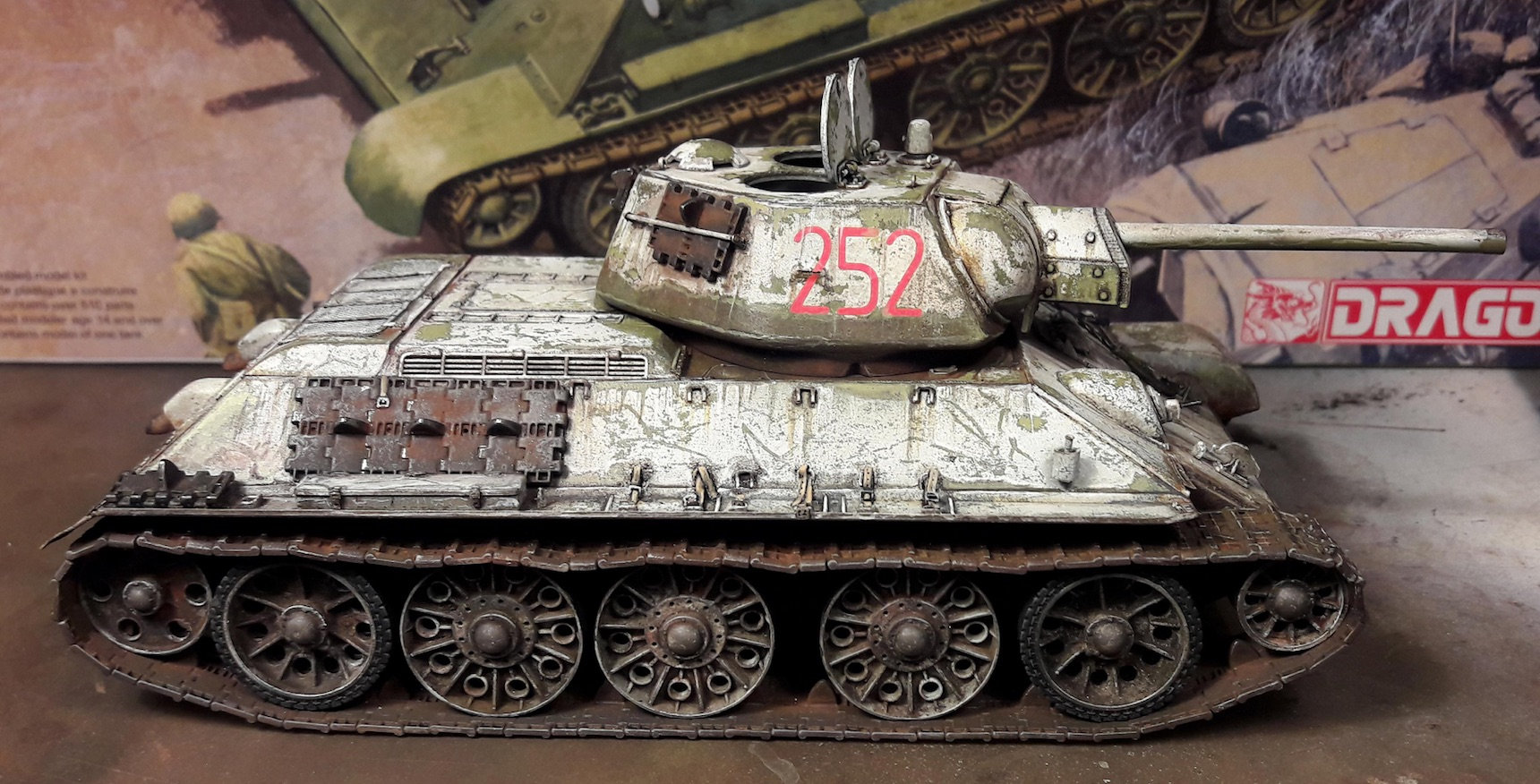 "T-34/76 ""Mickey Mouse"" - Page 2 U0x8"
