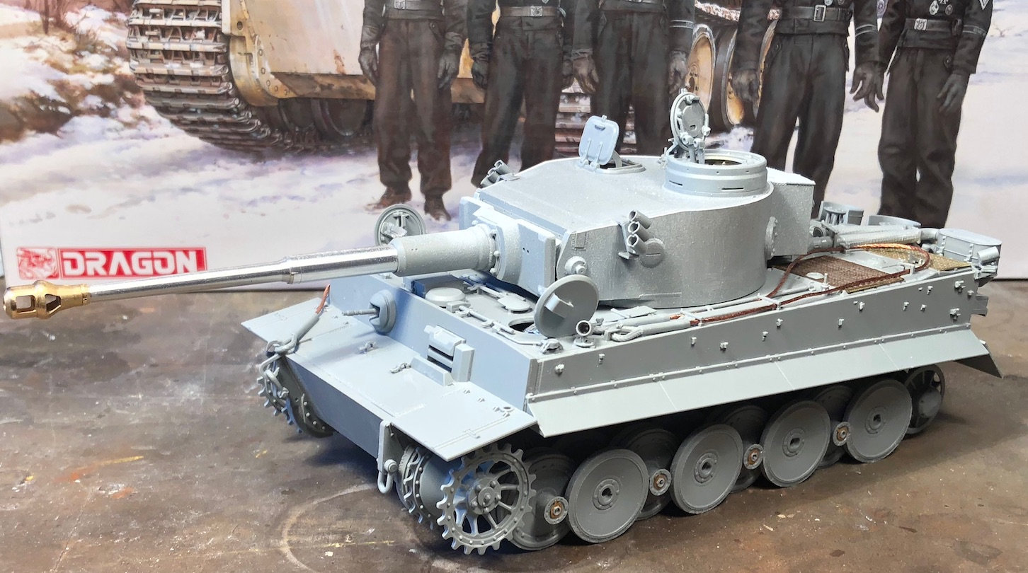 Tiger-1 Early production, kit Dragon But3