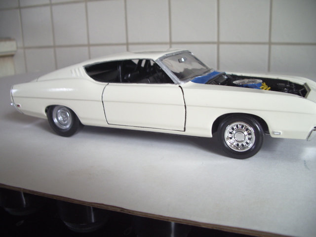 ford torino talladega 1970 de chez revell version drag race  7asx
