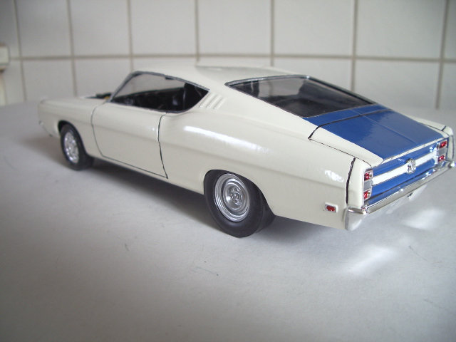 ford torino talladega 1970 de chez revell version drag race  89gx