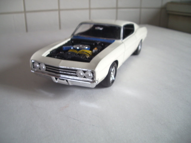 ford torino talladega 1970 de chez revell version drag race  Nexb
