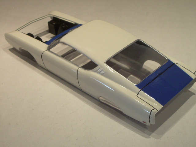 ford torino talladega 1970 de chez revell version drag race  Vfjv