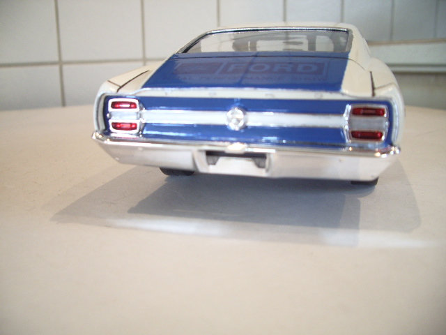 ford torino talladega 1970 de chez revell version drag race  82ca