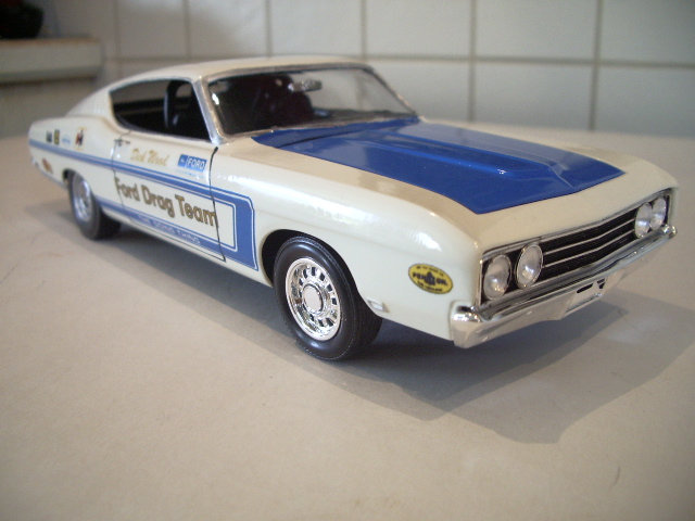 ford torino talladega 1970 de chez revell version drag race  U3zo