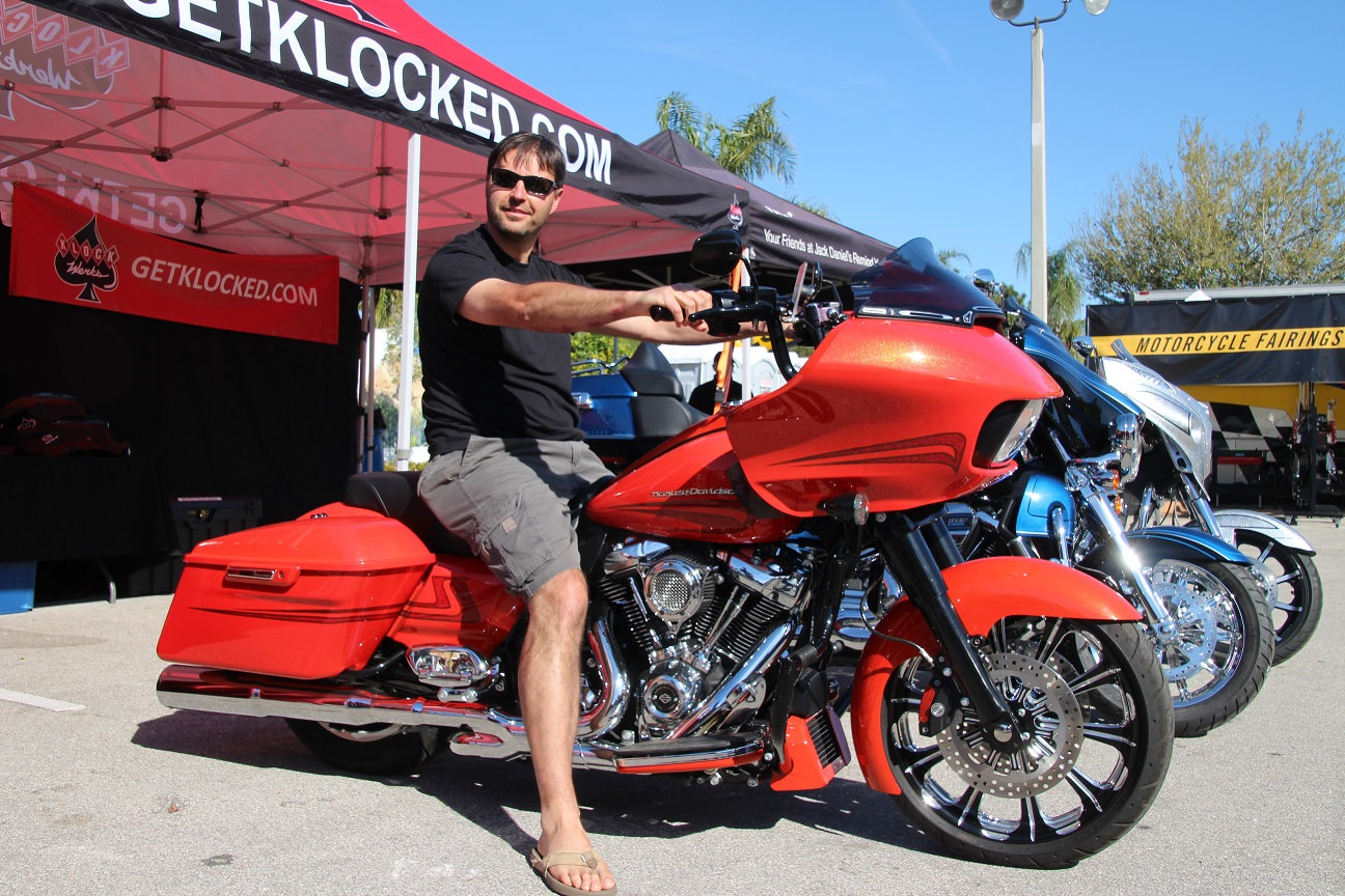 MODIFICATIONS ROAD GLIDE 2015 - Page 37 Efsj