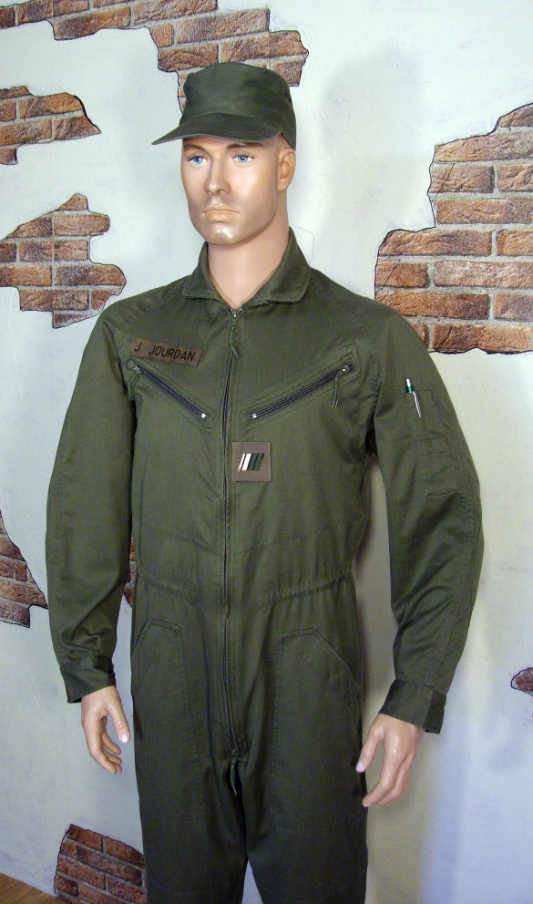 F1 crew coverall Y683