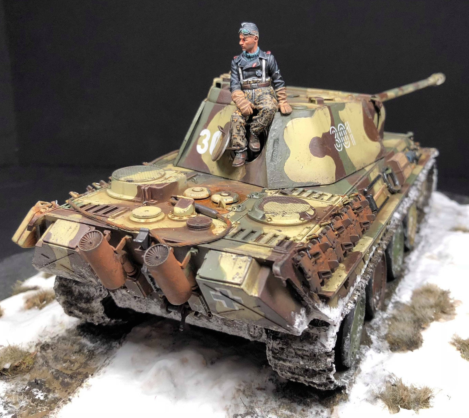 Panther G Tamiya 1/35 - Out of the Box - Page 2 9qle