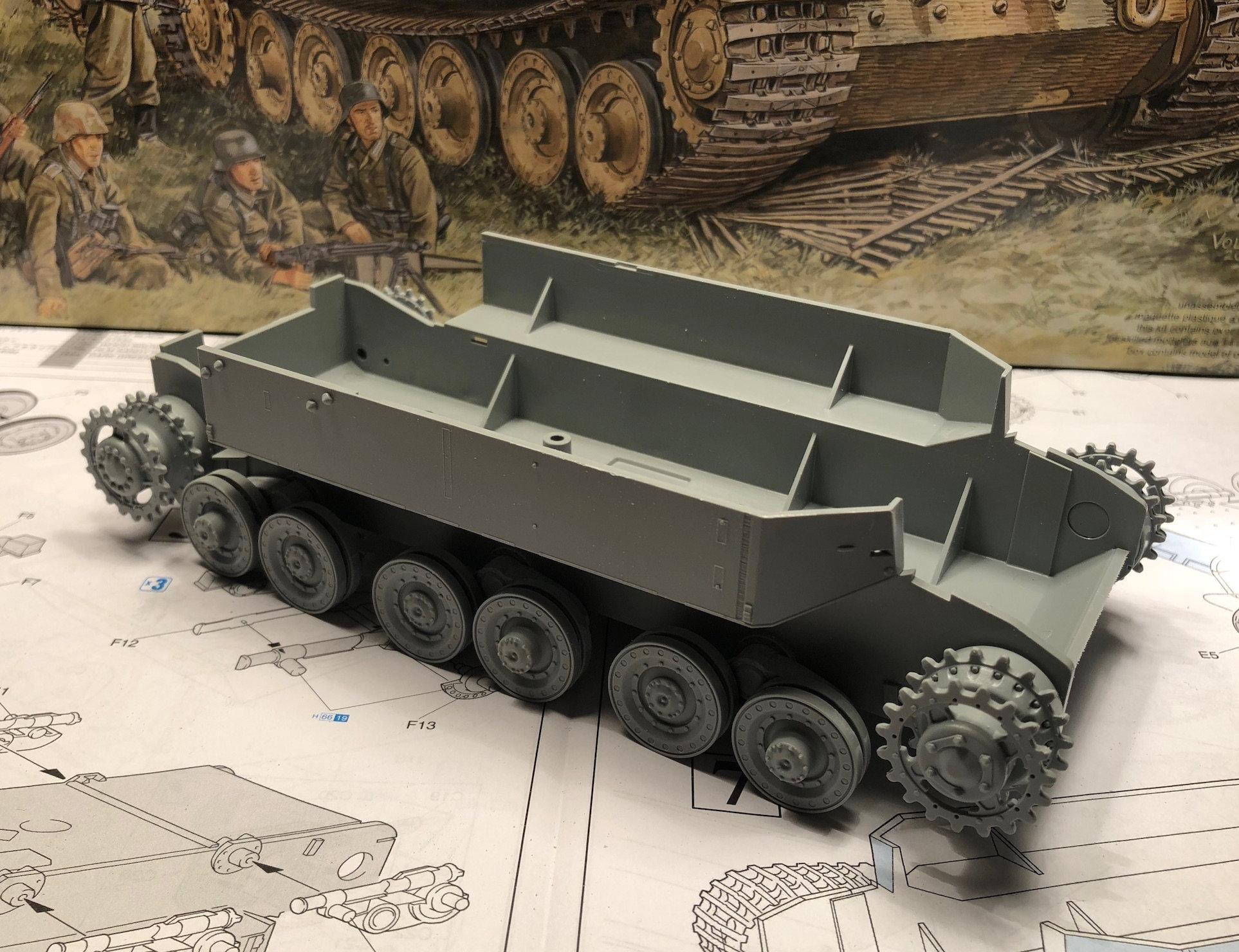 Elefant - Bergenpanzer Tiger (P) - Panzerkampfwagen VI (P) - Kits Dragon - 1/35 - Page 3 Txdr