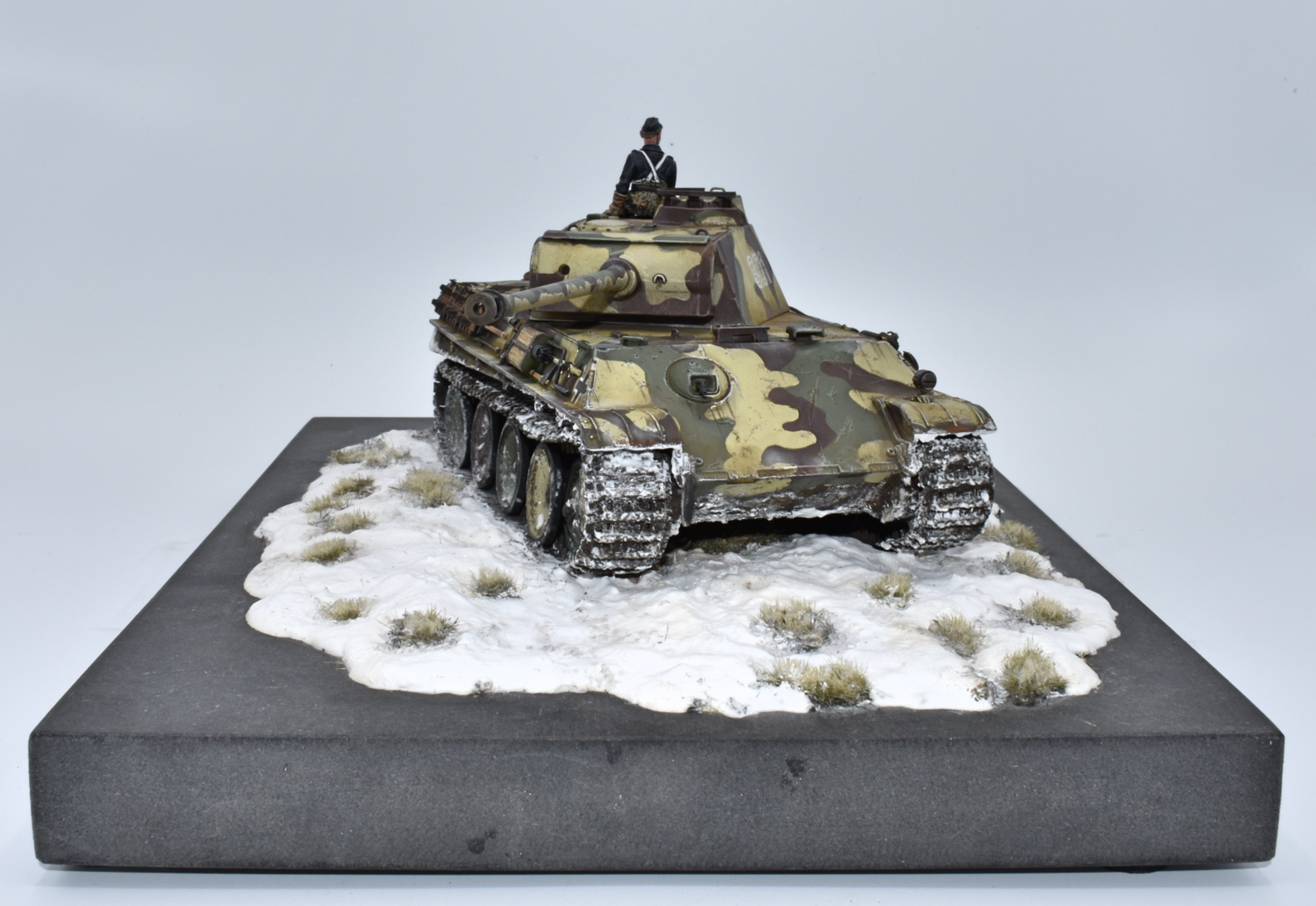 Panther G Tamiya 1/35 - Out of the Box - Page 2 Xfyj