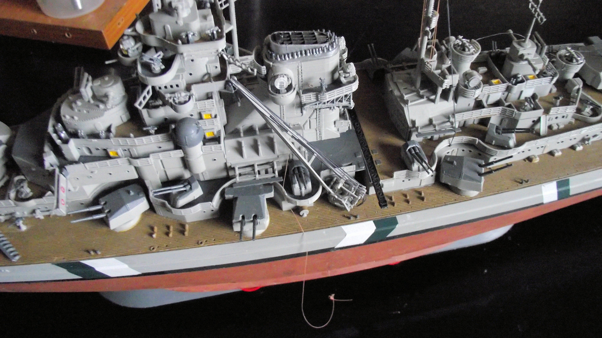 Bismarck Revell 1/350 - Page 3 Qkpx
