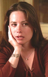 Holly Marie Combs avatar 200x320 - Page 2 Dvdw