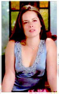 Holly Marie Combs avatar 200x320 - Page 2 W44w